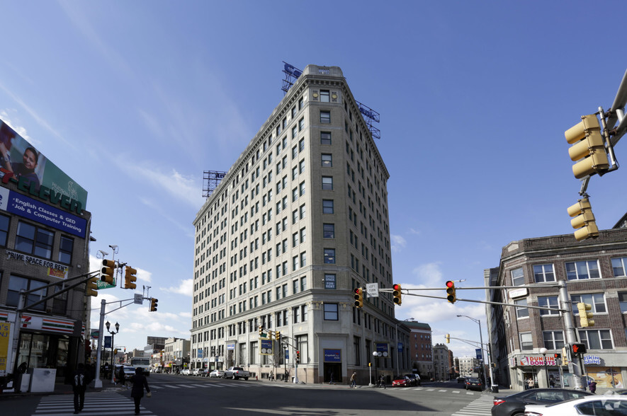 Grid Real Estate represents Marchetto, Higgins and Stieve in lease at landmark Journal Square office building