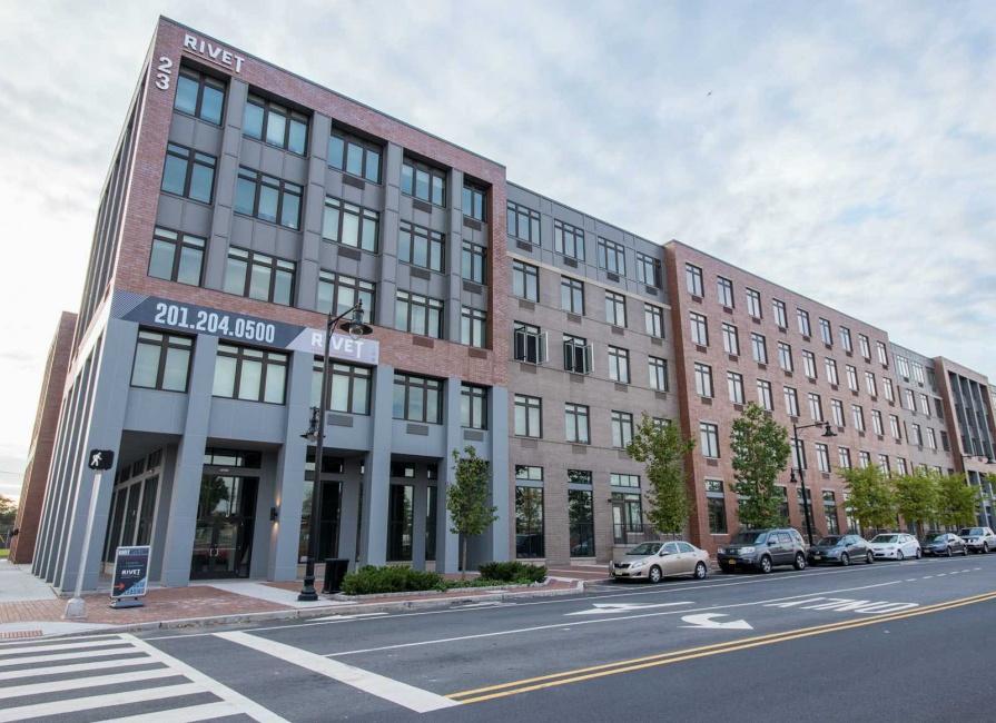 26 University Place Blvd, Jersey City