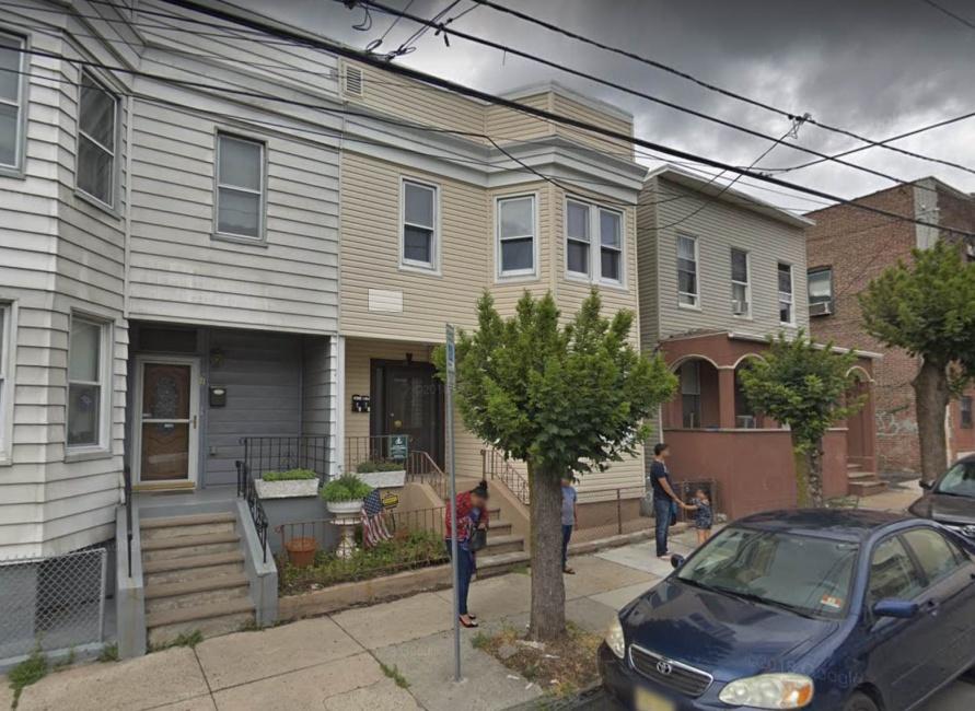 90 Stuyvesant Ave, Jersey City
